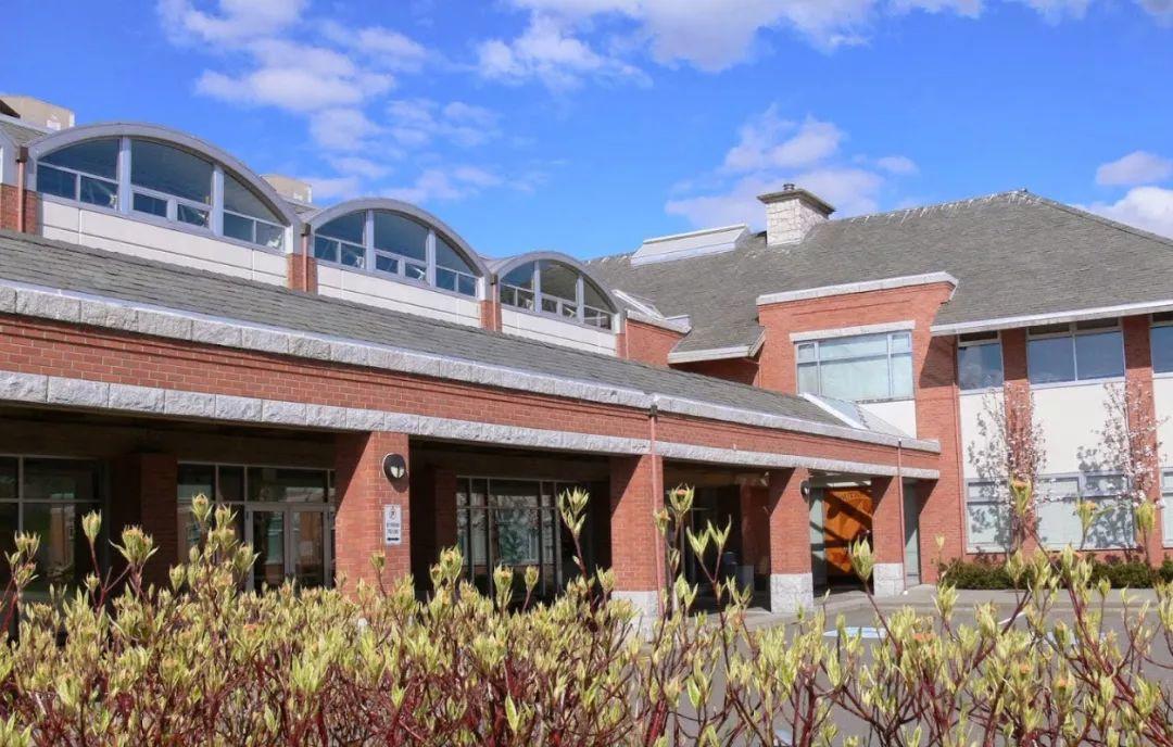 居住体验堪比独立屋,入住南素里传统学区4房开阔联排
