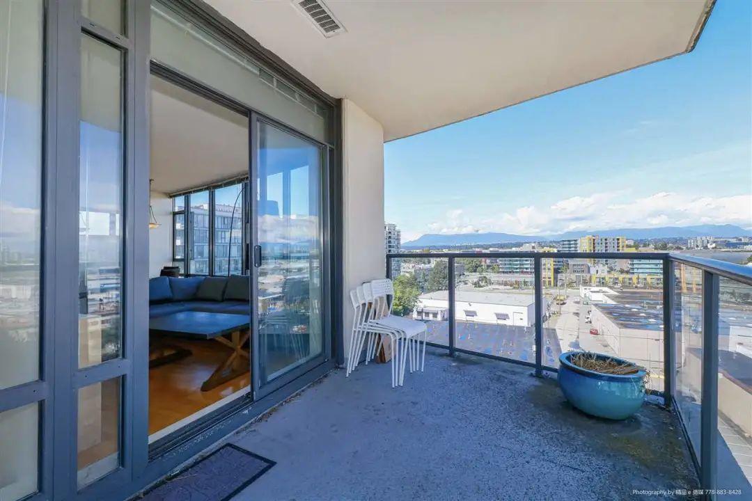小区最低尺价!列治文中心高层2房公寓仅需$50+万,还带双车位 | 户型赏析