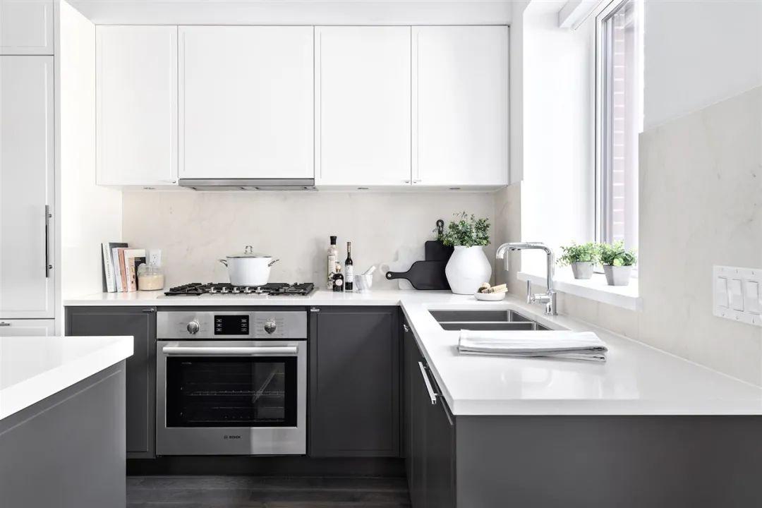 温西黄金地段尺价低至$1000+,即刻入住与大型公园相连的2房花园公寓 | 户型赏析